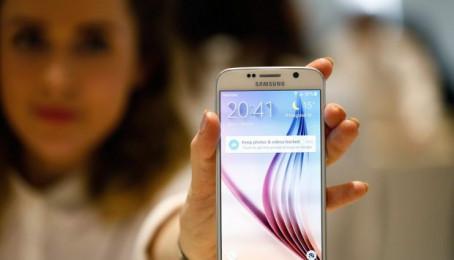 Samsung Galaxy S6 xách tay Hàn Quốc thách thức hàng chính hãng