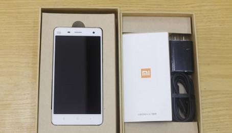 Người dùng cho rằng Xiaomi Mi4 đang sao chép Apple iPhone
