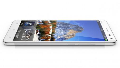 Điện thoại smartphone RAM 6 GB,màn hình cong đầu tiên trên thế giới