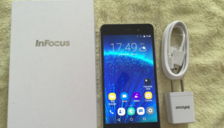 Cách sửa điện thoại Infocus M560 không sạc được pin