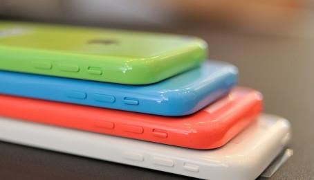 iPhone 5c lock và iPhone 5c quốc tế có gì khác nhau?