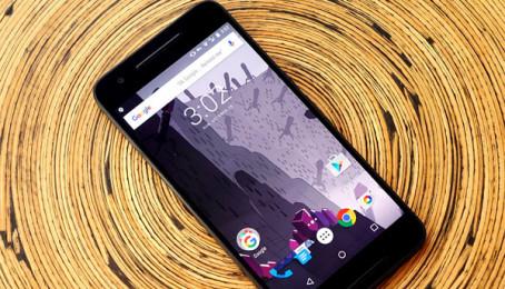 """9 smartphone Android """"đáng đồng tiền bát gạo"""" nhất 2016"""