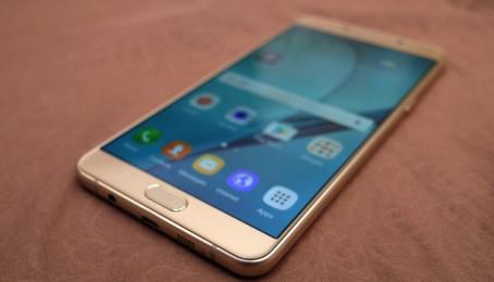 Tại Việt Nam, Galaxy A9 Pro chính thức bán ra giá 11,99 triệu