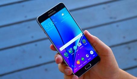 Nguyên nhân khiến Samsung Galaxy Note 5 cũ bị khởi động lại máy