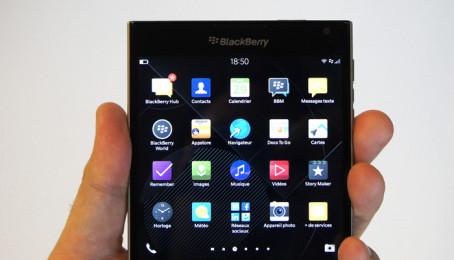 Hoang mang khi Blackberry Passport tân trang xách tay từ Trung Quốc du nhập vào Việt Nam