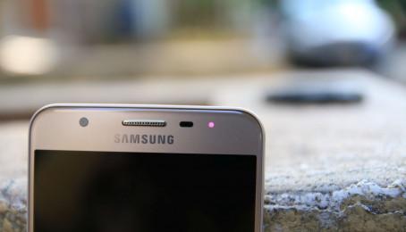 Hướng dẫn thay đổi màu đèn LED thông báo trên Galaxy J7 Prime