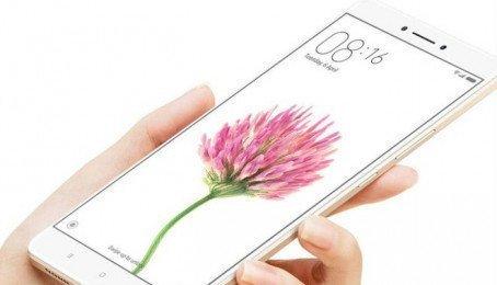 Xiaomi Mi Max 2 pin cực khủng với 5000 mAh