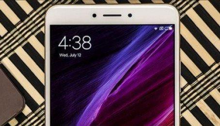 Mua Xiaomi Mi Max, Mi Max 2, Mi 5x Phạm Thế Hiển, Thanh Nhật, Nguyễn Trung Ngạn