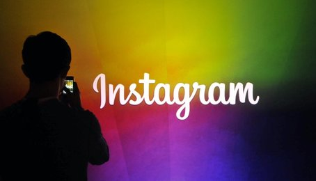 Kích hoạt chế độ nền tối trên Instagram, chế độ Dark Mode trên Instagram