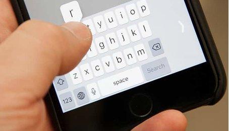 Mẹo sử dụng iPhone bằng một tay, gõ bàn phím iPhone bằng một tay