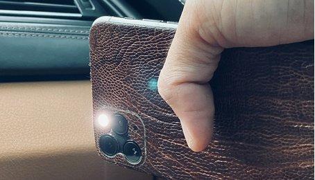 Cách khắc phục màn hình iPhone hay bị tự động sáng đèn Flash, đèn Flash trên iPhone tự bật