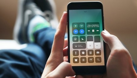 Cách tắt Control Center của iPhone khi màn hình đang khóa?