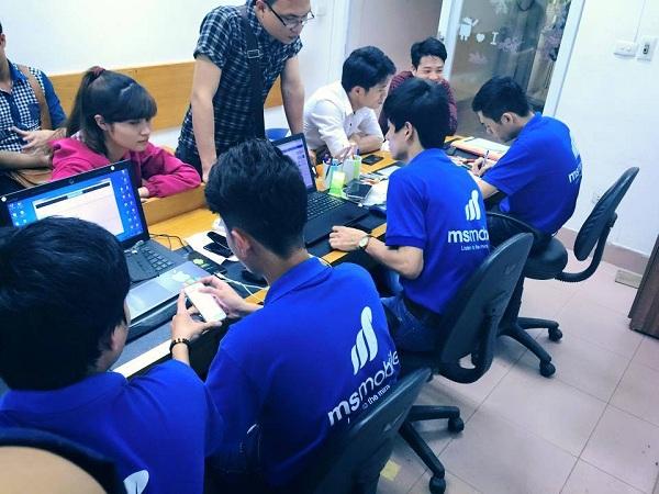 Đội ngũ nhân viên kỹ thuật MSmobile