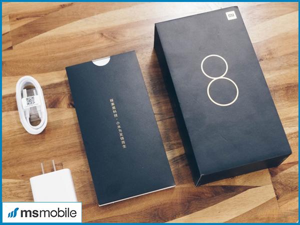 Đánh giá thiết kế trên Xiaomi Mi 8 Pro