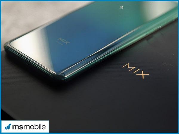 Đánh giá chi tiết thiết kế trên Xiaomi Mi Mix 3